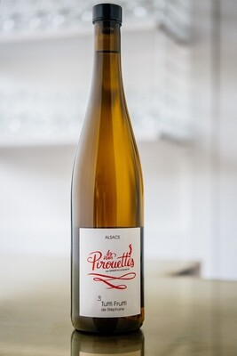2016 Les Vins Pirouettes Tutti Frutti de Stephene Pinot Gris, Gewürztraminer, Auxerrois, Pinot Blanc and Muscat