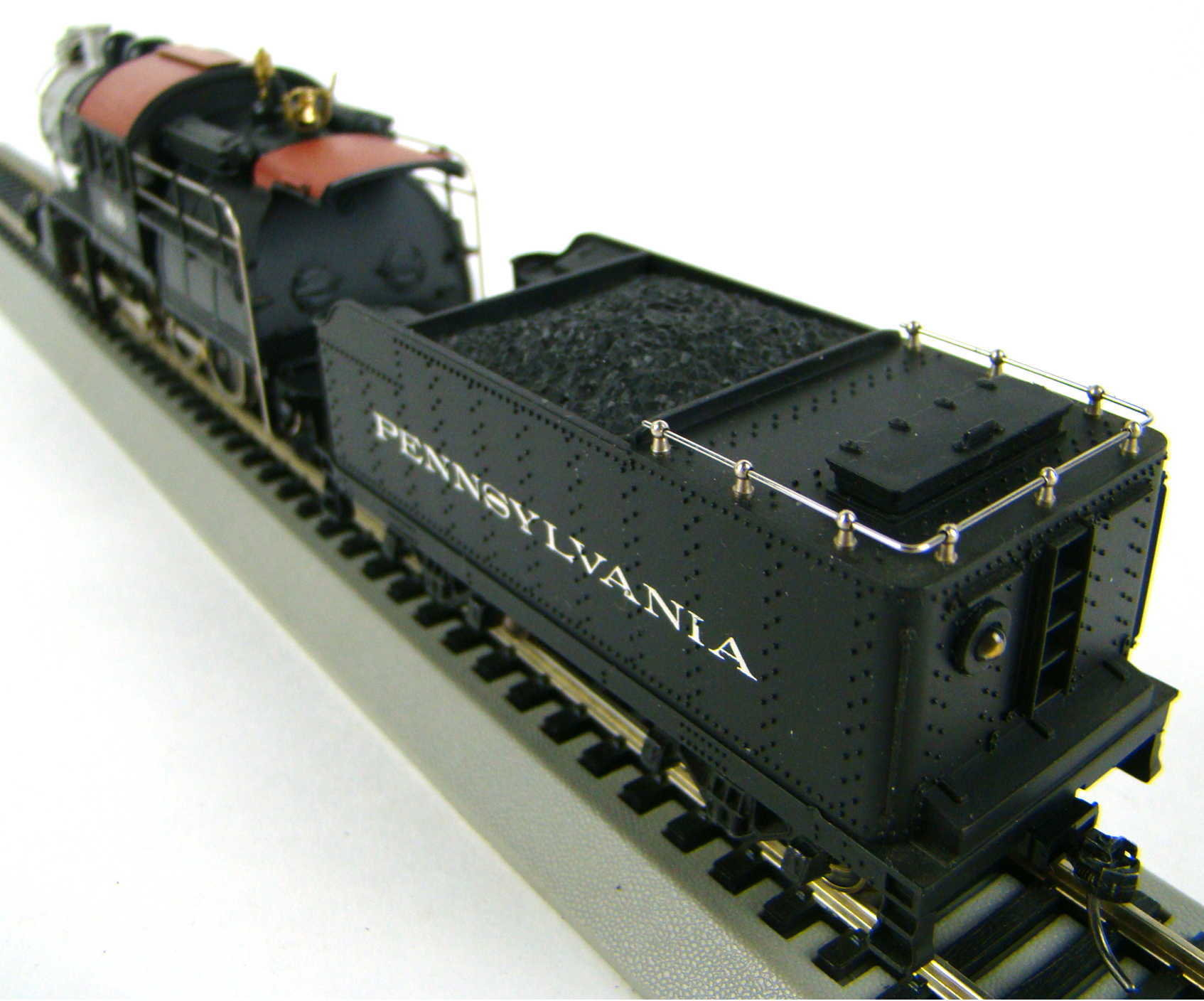 Mantua 322-20 PRR 2-8-2 Camelback Locomotive HO Scale