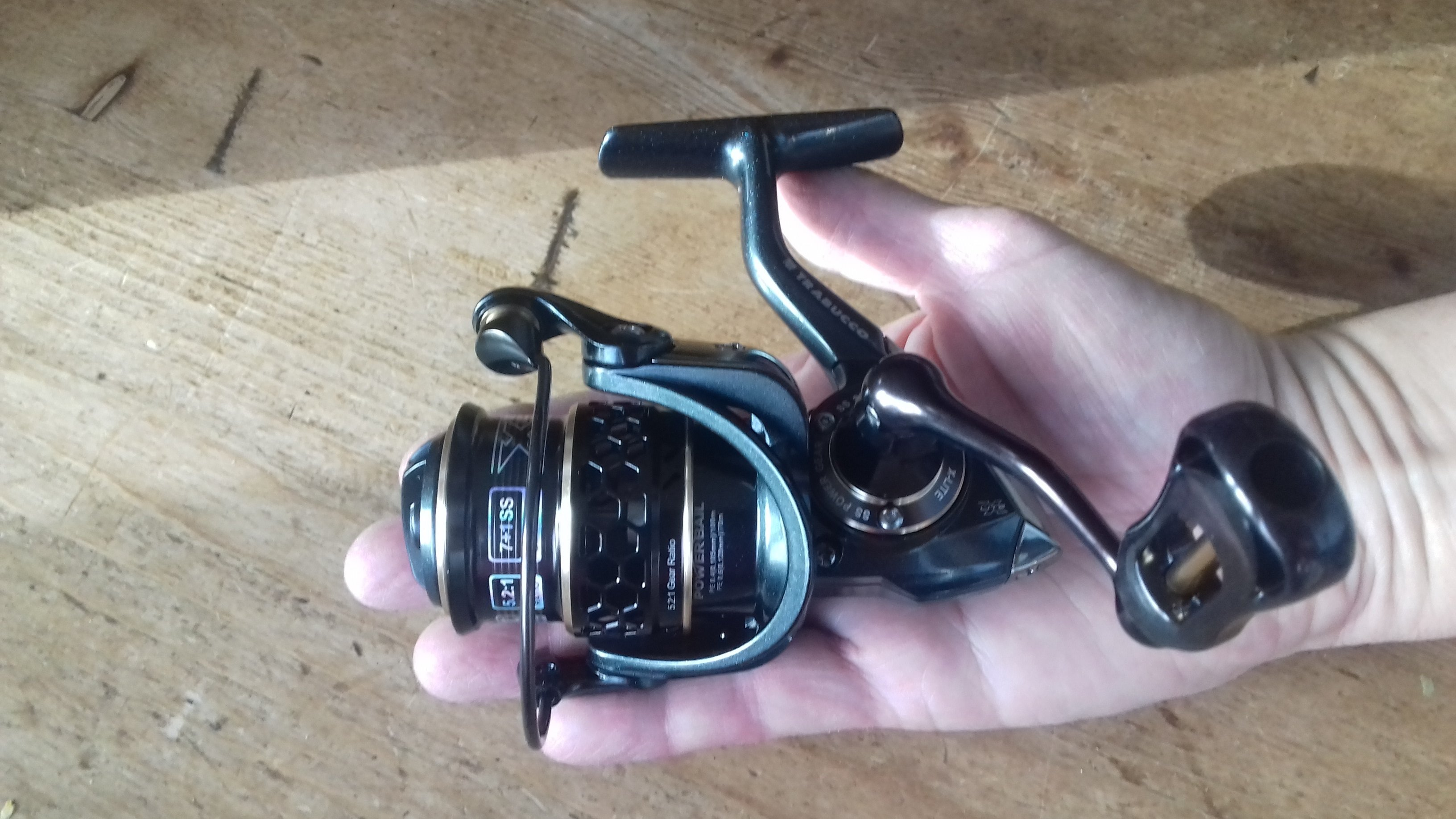 Xplore x light 1000 Ultralight lure fishing reel 7bb  7kg of drag 00467