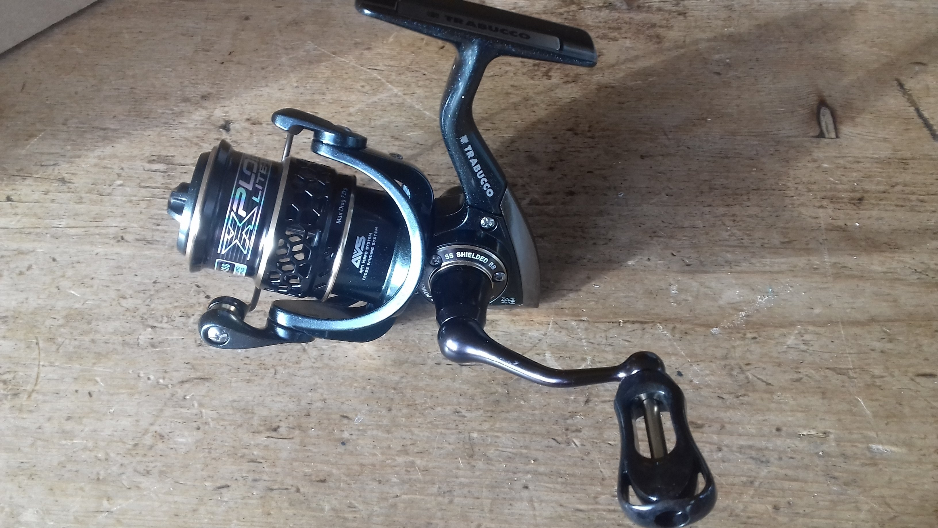 Xplore x light 1000 Ultralight lure fishing reel 7bb  7kg of drag