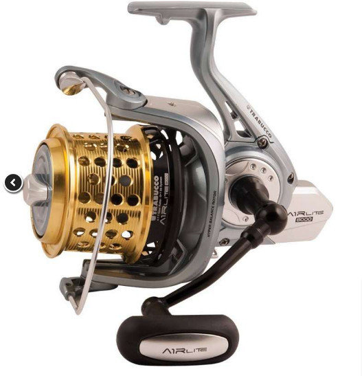 AIRLITE XTR 8000 lightweight surf casting reel with 2 spare spools