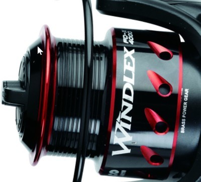 Windlex fd-x  2000 to 4000 size. perfect light spin reel with match spool for braid