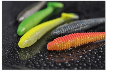 Ribbed SWING SHAD NOW 3 sizes 4cm 7cm and 9.5cm