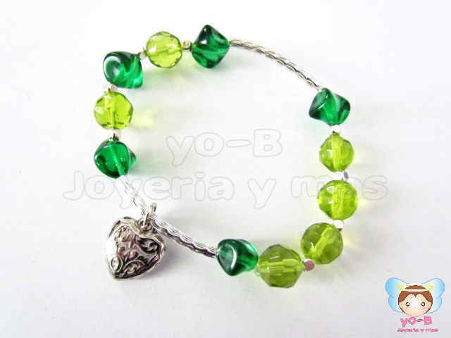 Pulsera resorte VERDE DIJE CORAZON