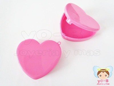 Caja de plastico corazón ROSA