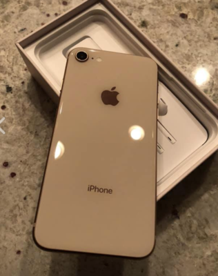 Rose gold Unlocked Iphone 8, 128 GB
