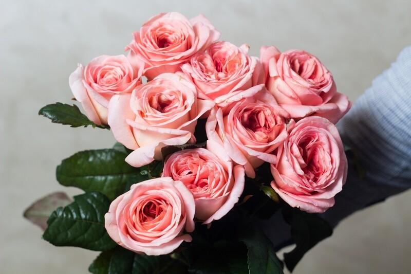 Букет нежно-розовых роз 9 шт