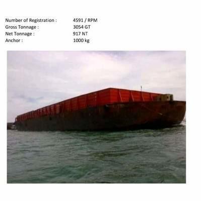Tuggboat dan barge 300 feet 2013