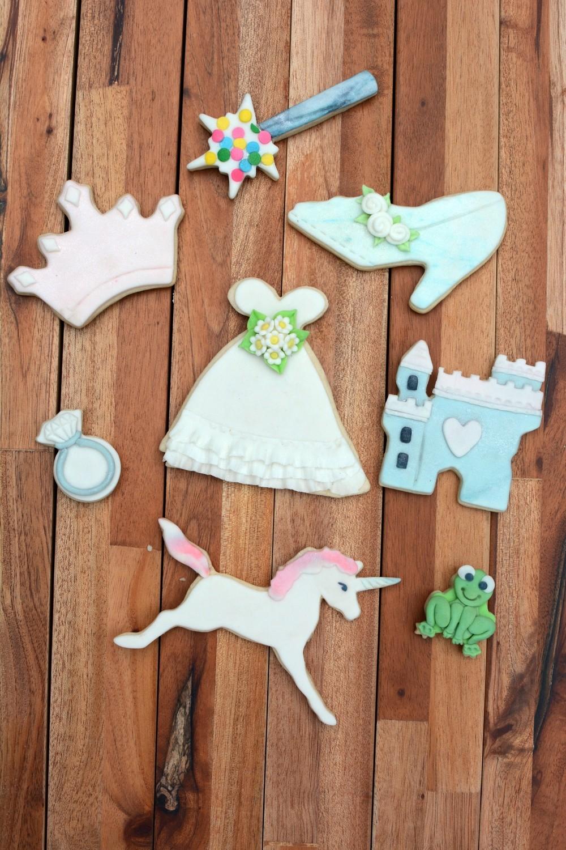 By AH -Set of 8 Cookie Cutters 'LITTLE PRINCESS -Κουπάτ Μικρή Πριγκίπισσα -Σετ με 8 τεμ.