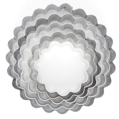 Medium Cutters -Set of 5 -FLUTED RINGS
