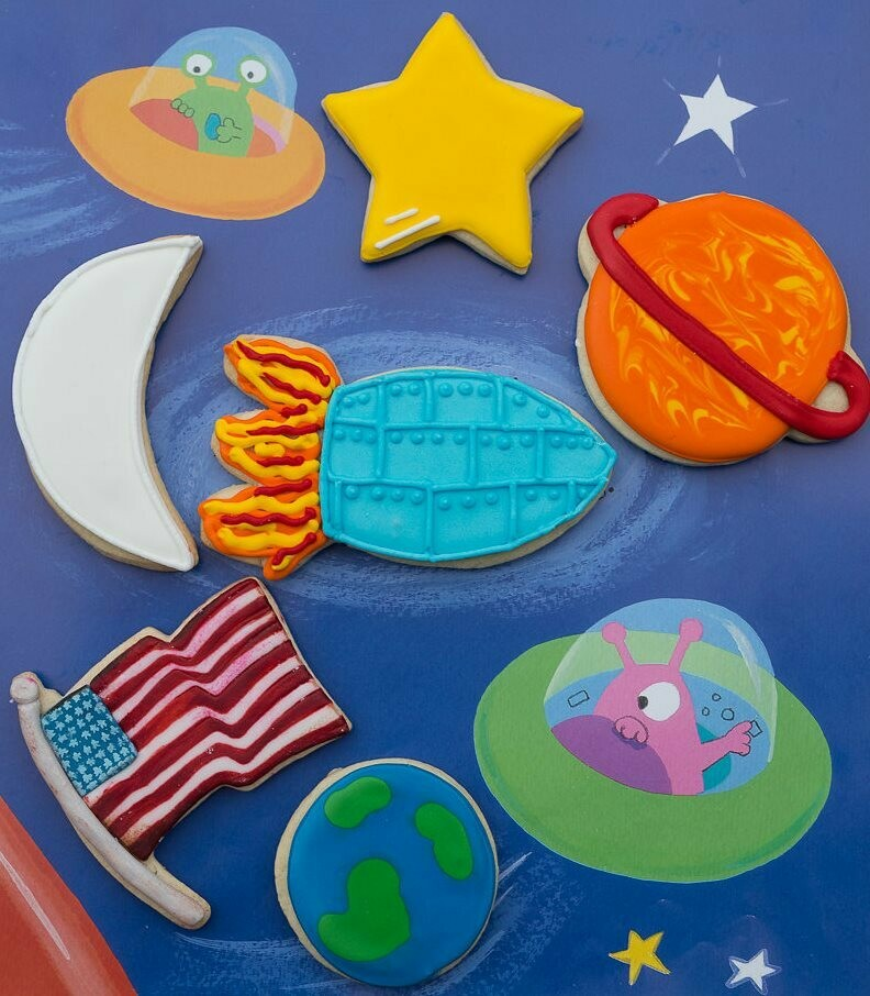 By AH -Set of 6 Cookie Cutters -SPACE -Σετ 6 Κουπάτ -Διάστημα