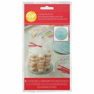 Wilton Christmas Mini Cookie & Plate Kit -Pack of 6