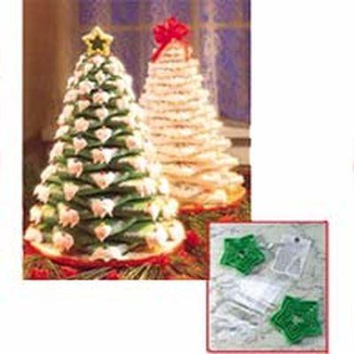 Wilton Christmas COOKIE TREE KIT -Κιτ με Κουπάτ για Δέντρο 15 τεχ