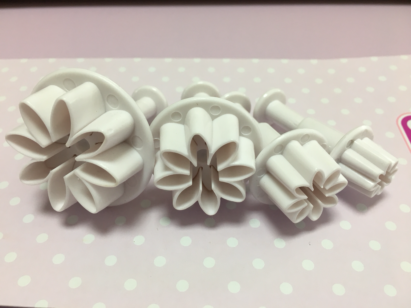 Cake Star Plunger Cutters -Daisy -Set of 4 -Kουπάντ Mαργαρίτες με Eκβολέα -4 τεμ.