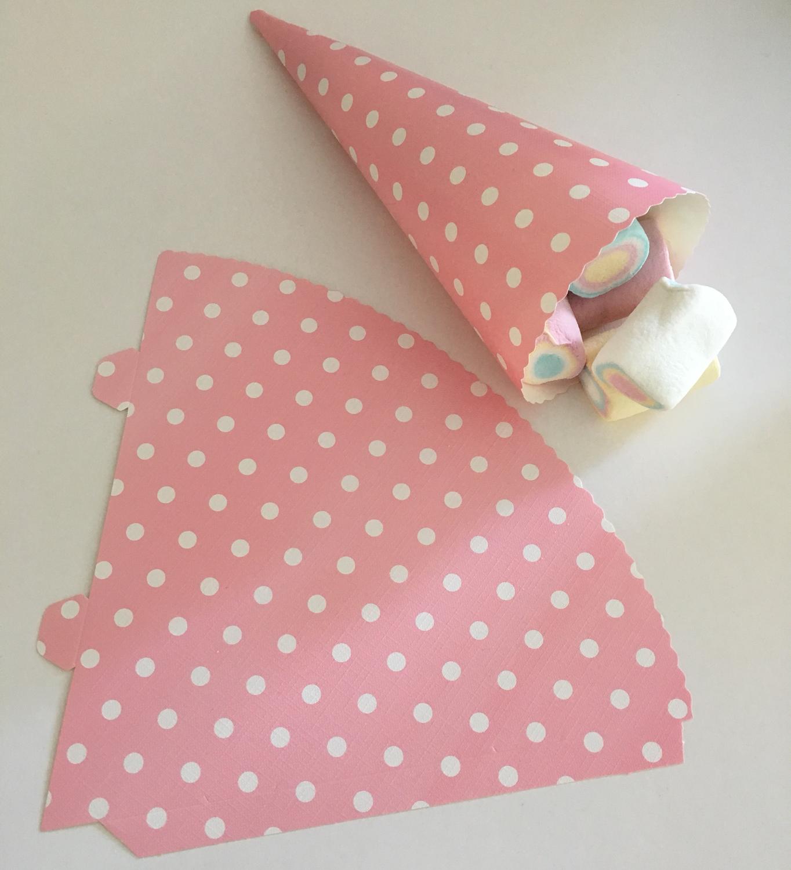 Cone for Treats Pink Spot Pack of 25 - Κόνος για Διάφορα Γλυκίσματα Ροζ Πουά - περίπου 15εκ - 25τεμ/πακέτο