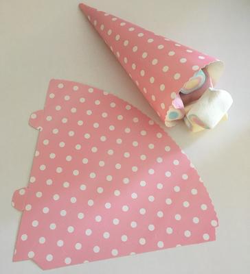 SALE!!! Cone for Treats Pink Spot Pack of 25 - Κόνος για Διάφορα Γλυκίσματα Ροζ Πουά - περίπου 15εκ - 25τεμ/πακέτο