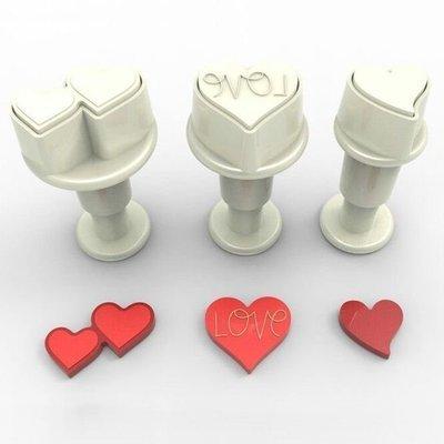 Dekofee Plunger Cutter -MINI HEARTS -Κουπάτ με Εκβολέα Μίνι Καρδούλες 3 τεμ