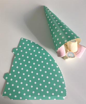 SALE!!! Cone for Treats Mint Spot Pack of 25 - Κόνος για Διάφορα Γλυκίσματα Μέντα Πουά - περίπου 15εκ - 25τεμ/πακέτο