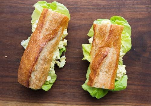 Сэндвич в багете с ростбифом и сыром чеддер, 10 шт.