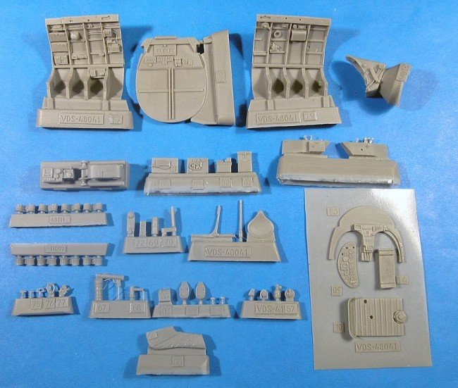 1/48 Henschel Hs-126 Cockpit Set Vector resin for ICM: VDS48041