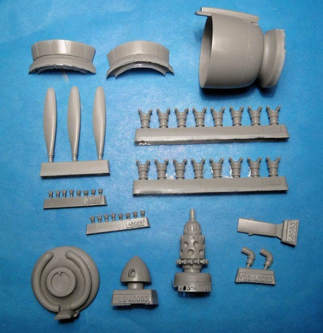 1/48 Reggiane Re.2002 Cowl, Engine & Propeller Vector resin for Tamiya: VDS48083