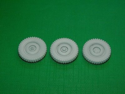 Miniarm 1/35 Wheel set for US 4X4 Truck Bantam 5pcs plus extra