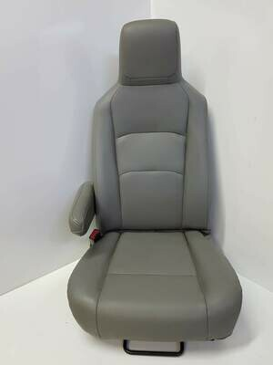 Ford Van E-150 Driver seat