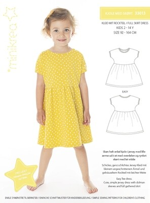 Sewing pattern for Full skirt dress
