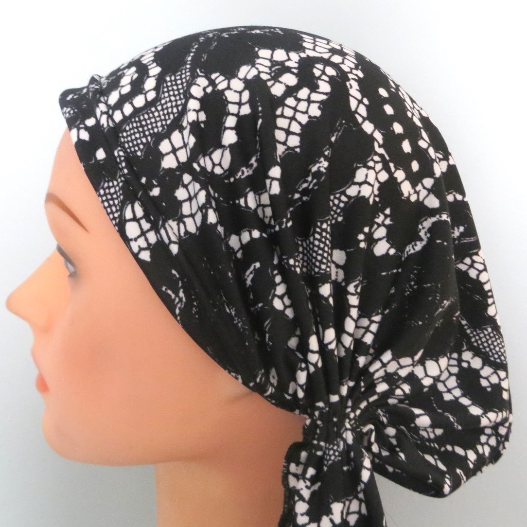 Black and white stretchy pre-tied tichel headcovering