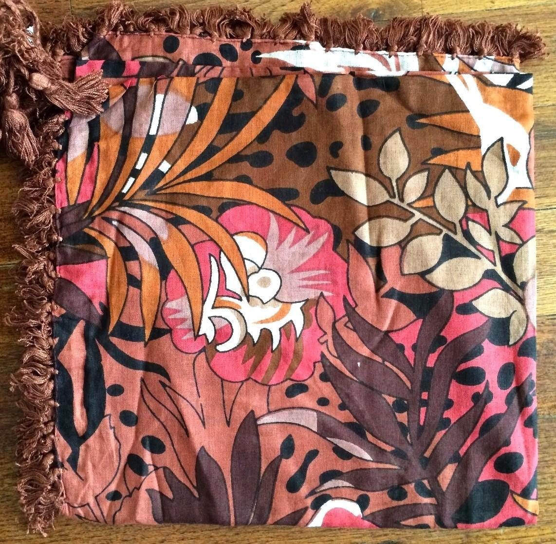 Brown leaves extra fancy tichel
