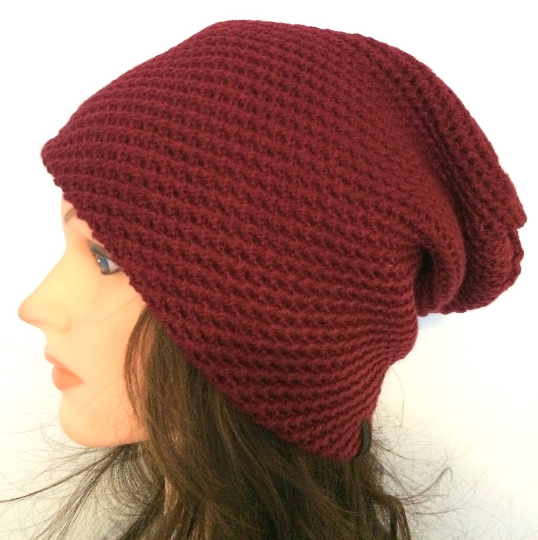 Cranberry slouchy hat/beret
