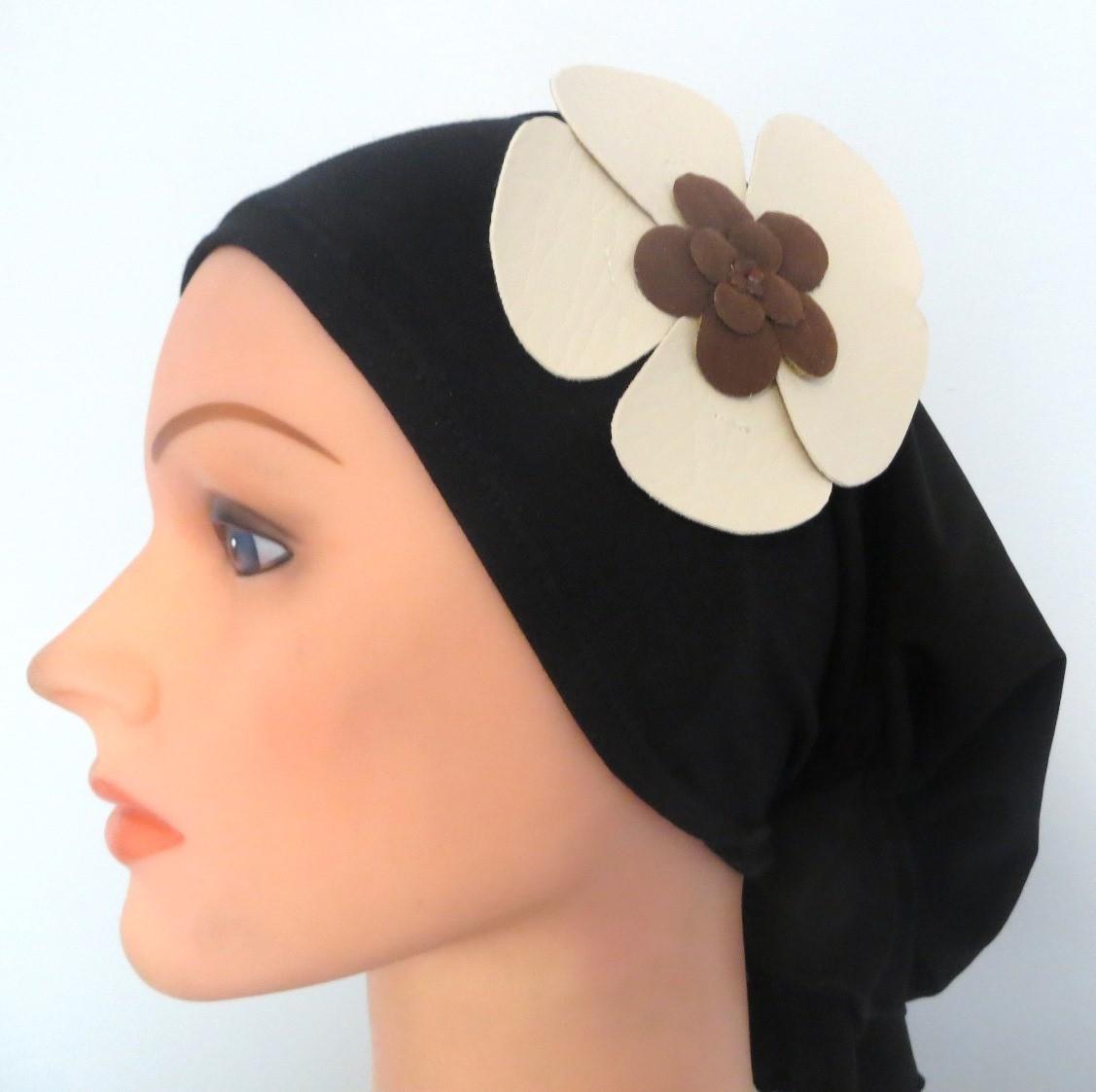 Self tie tichel black with off white flower