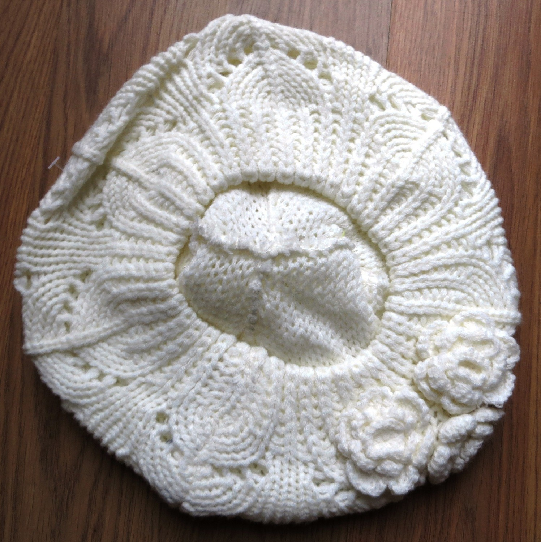 Triple side flower beret off white