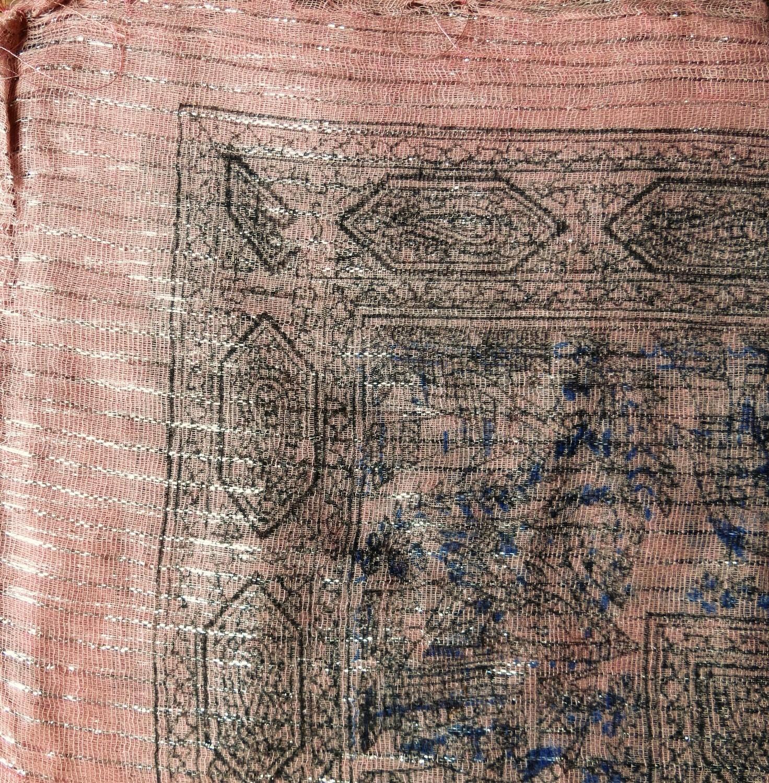 Light pink  patterned lurex tichel