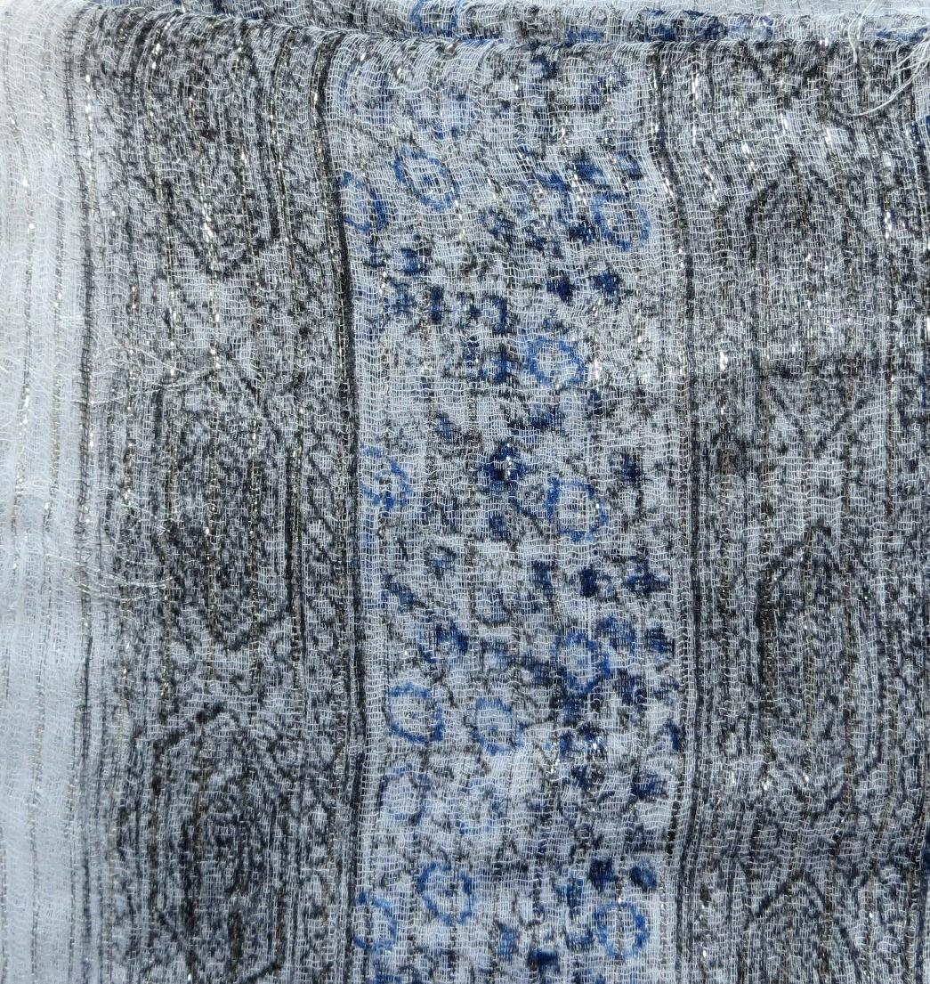 White lurex tichel with blue berry flowers