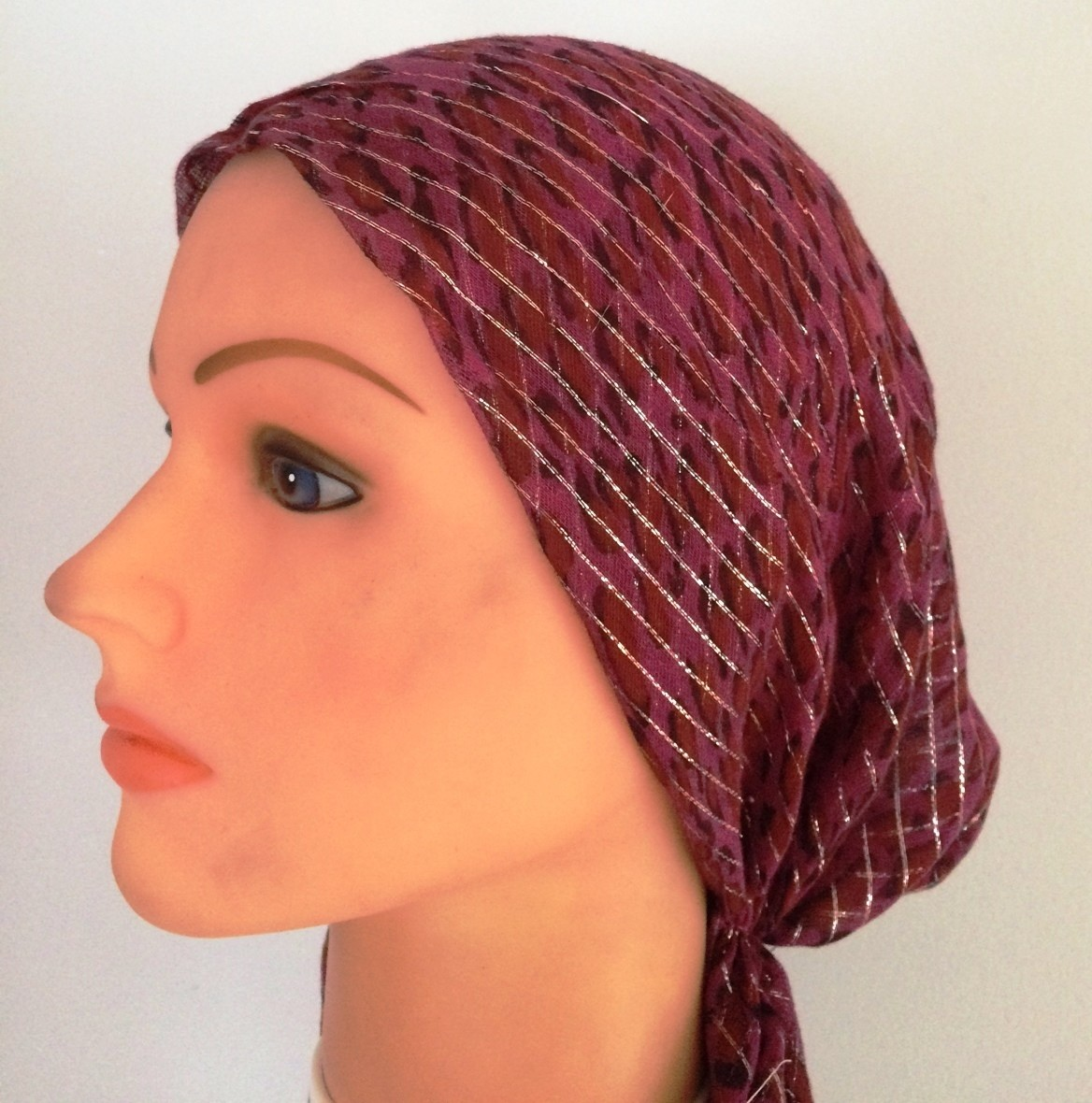 Raspberry  animal pattern lurex pre tied tichel