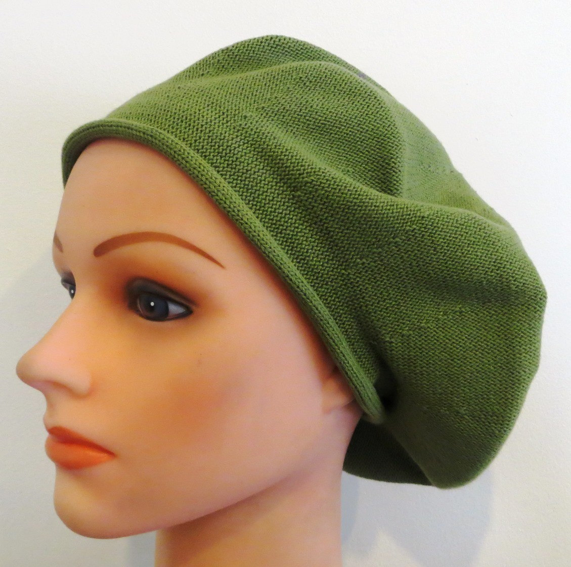 Avocado green cotton beret