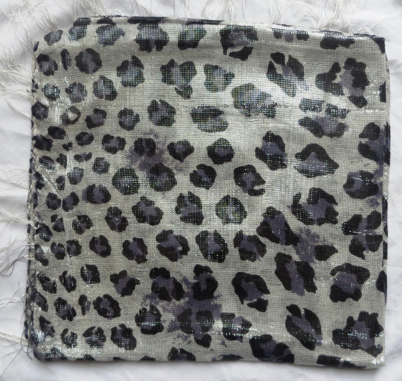 Gray leopard animal print shimmer tichel