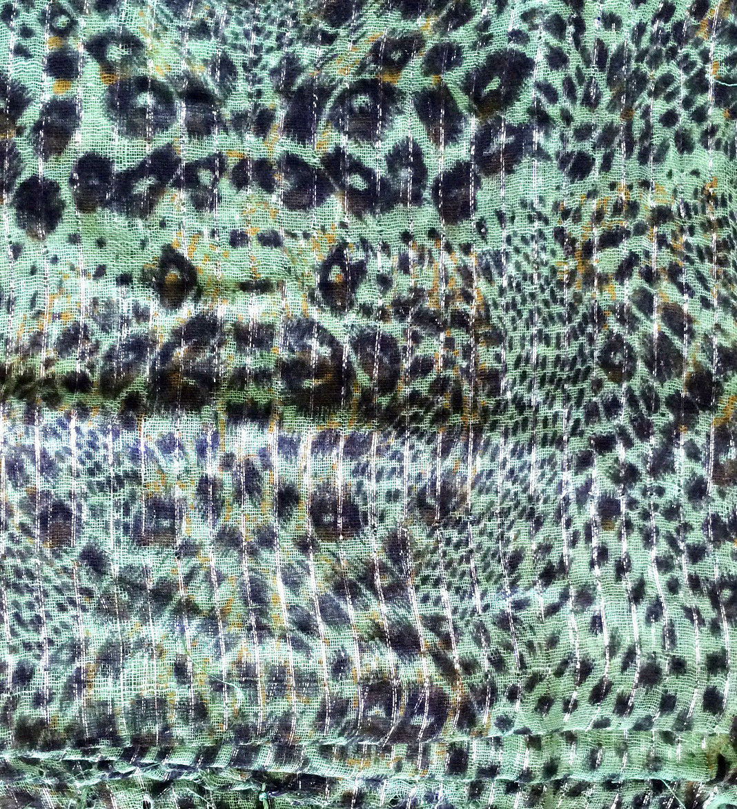 Medium green animal print tichel