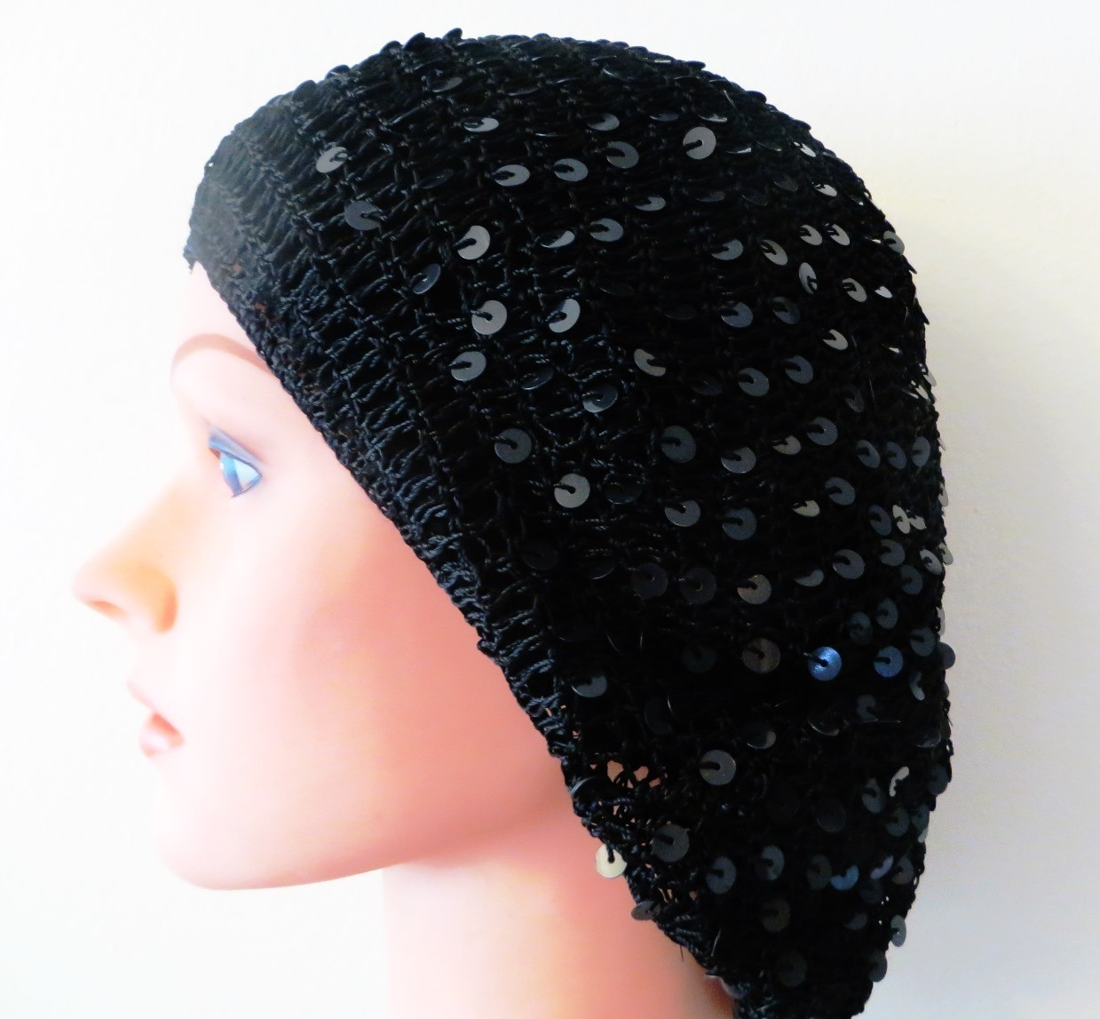 Blue sequined snood