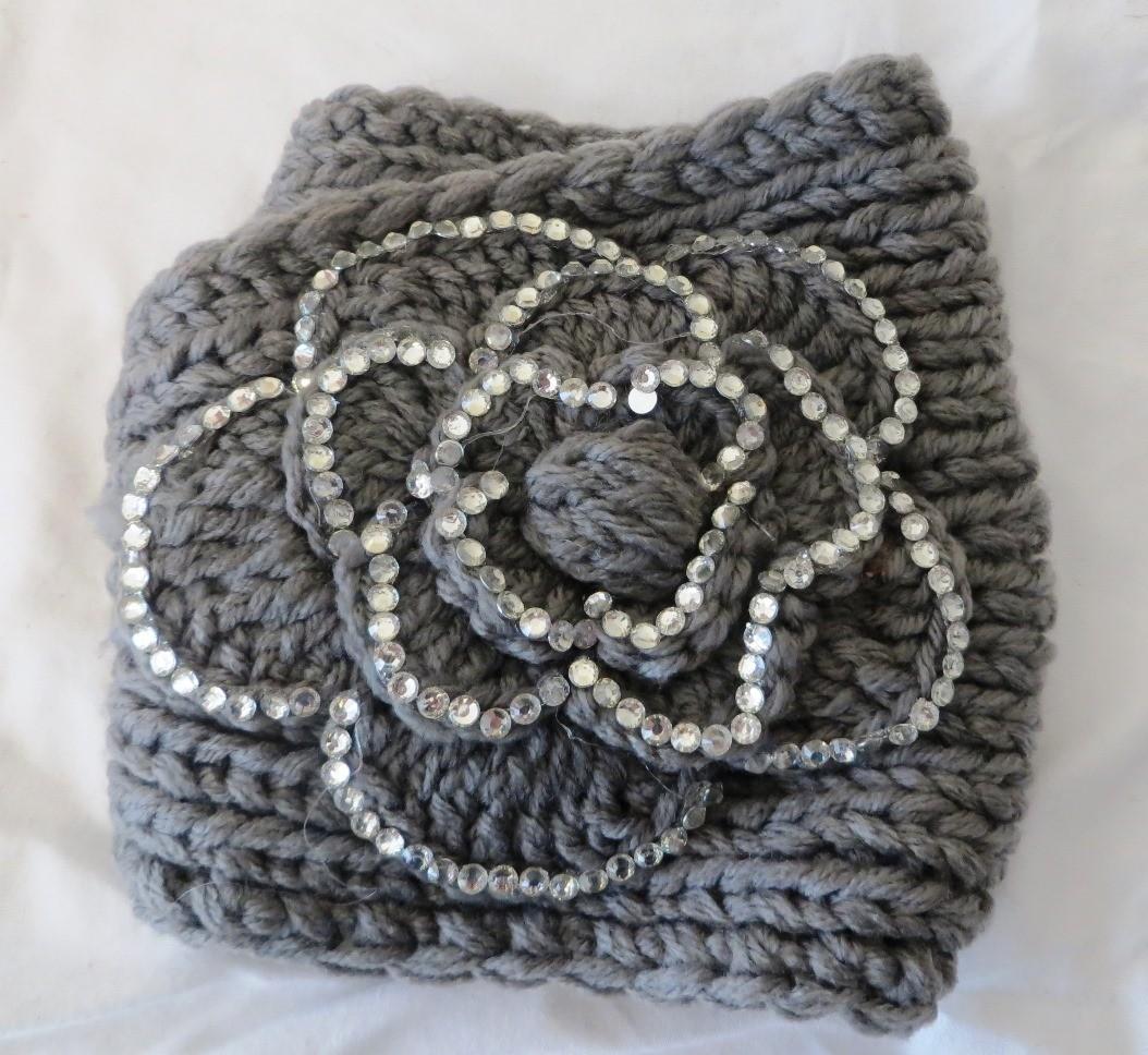 Gray sparkling head wrap