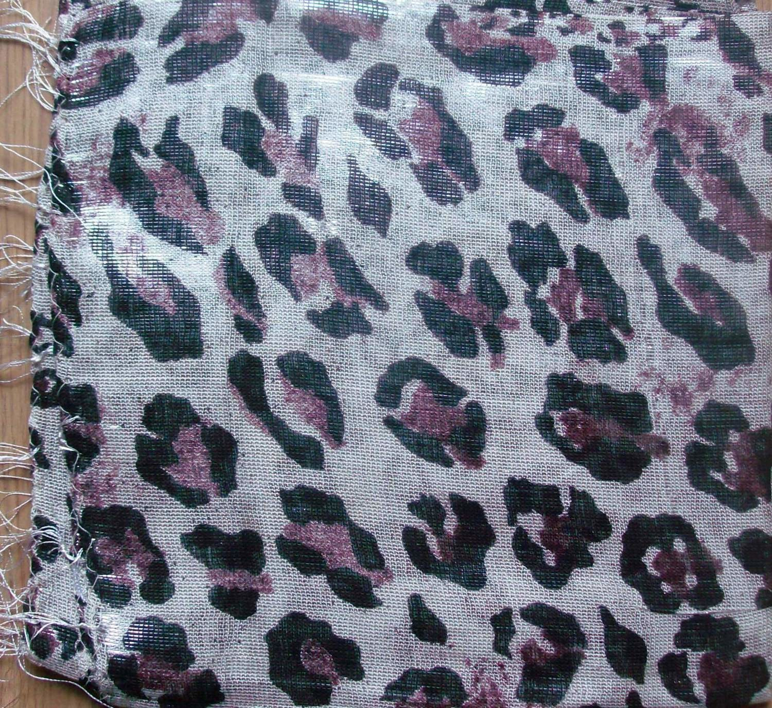 White with spots shimmering animal print tichel
