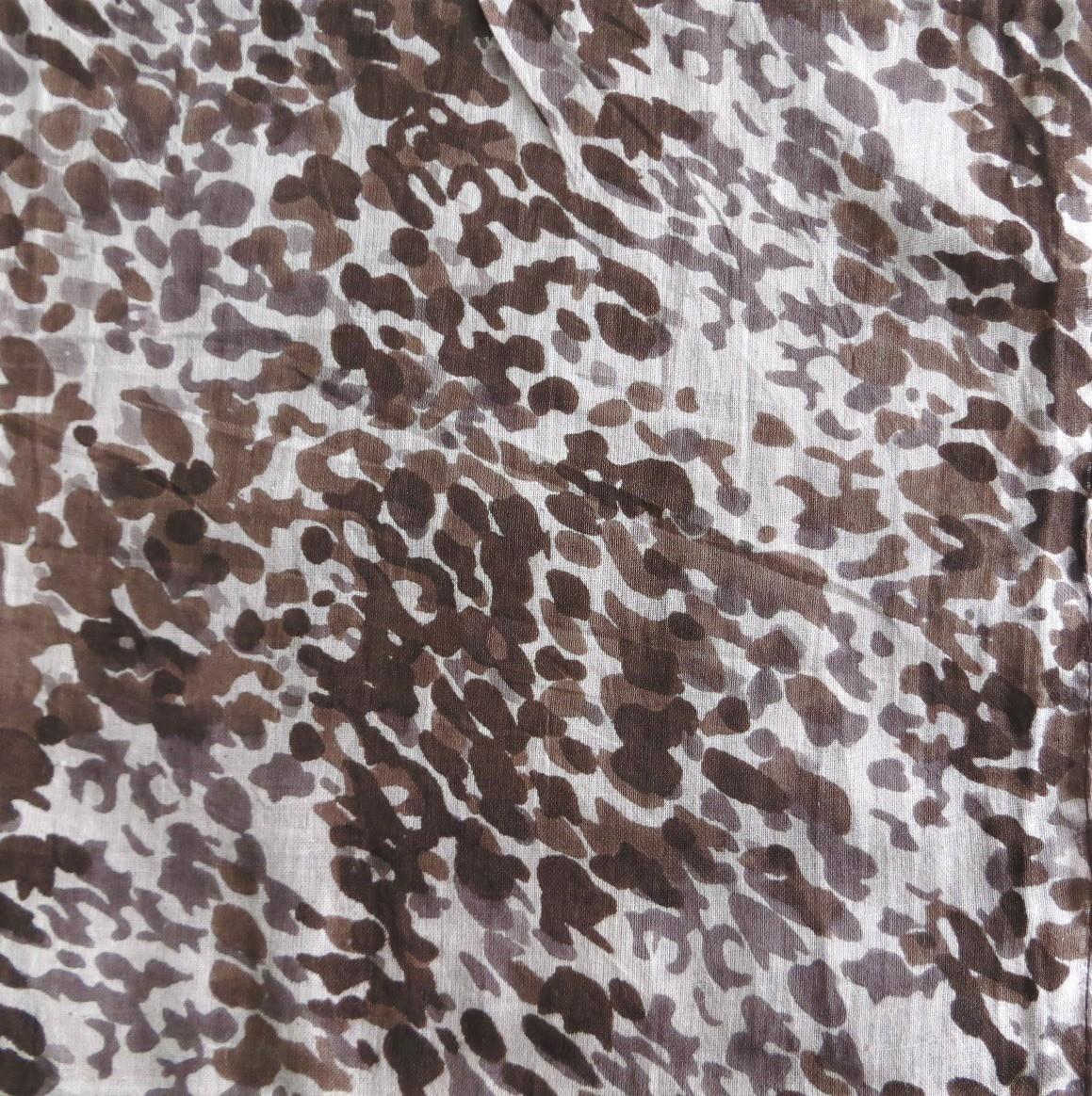 Brown & beige splatter print tichel