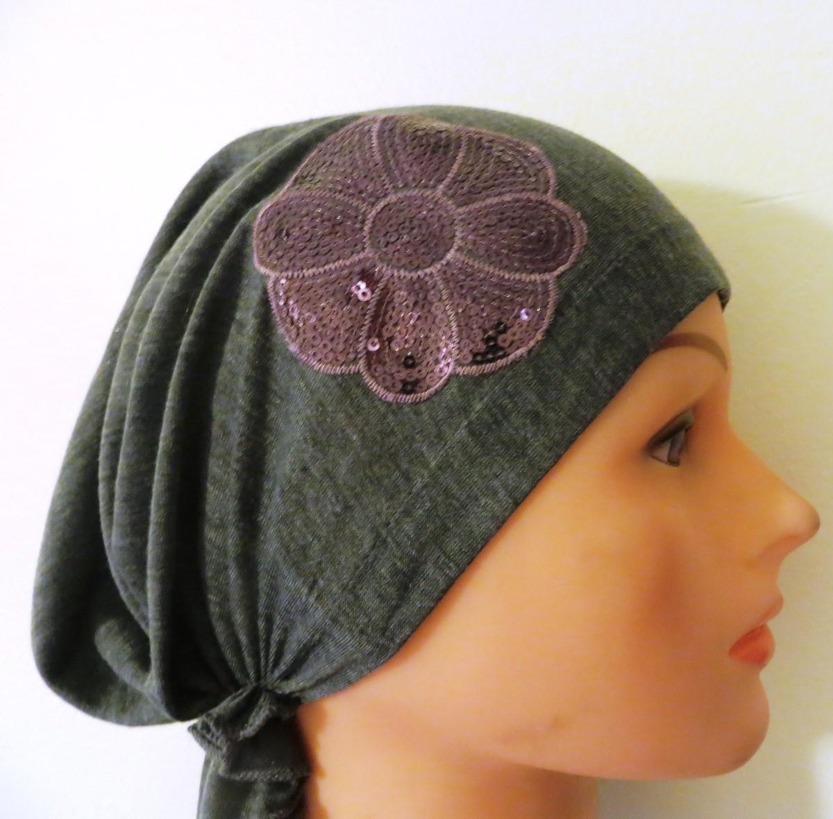 Gray dressy pretied tichel/bandana with lavender applique