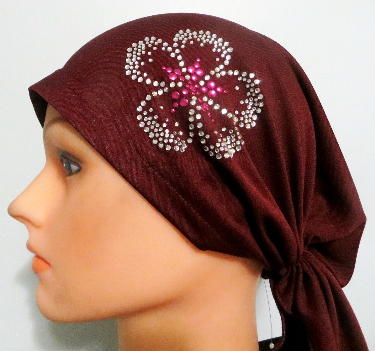 Maroon  pre tied tichel with applique