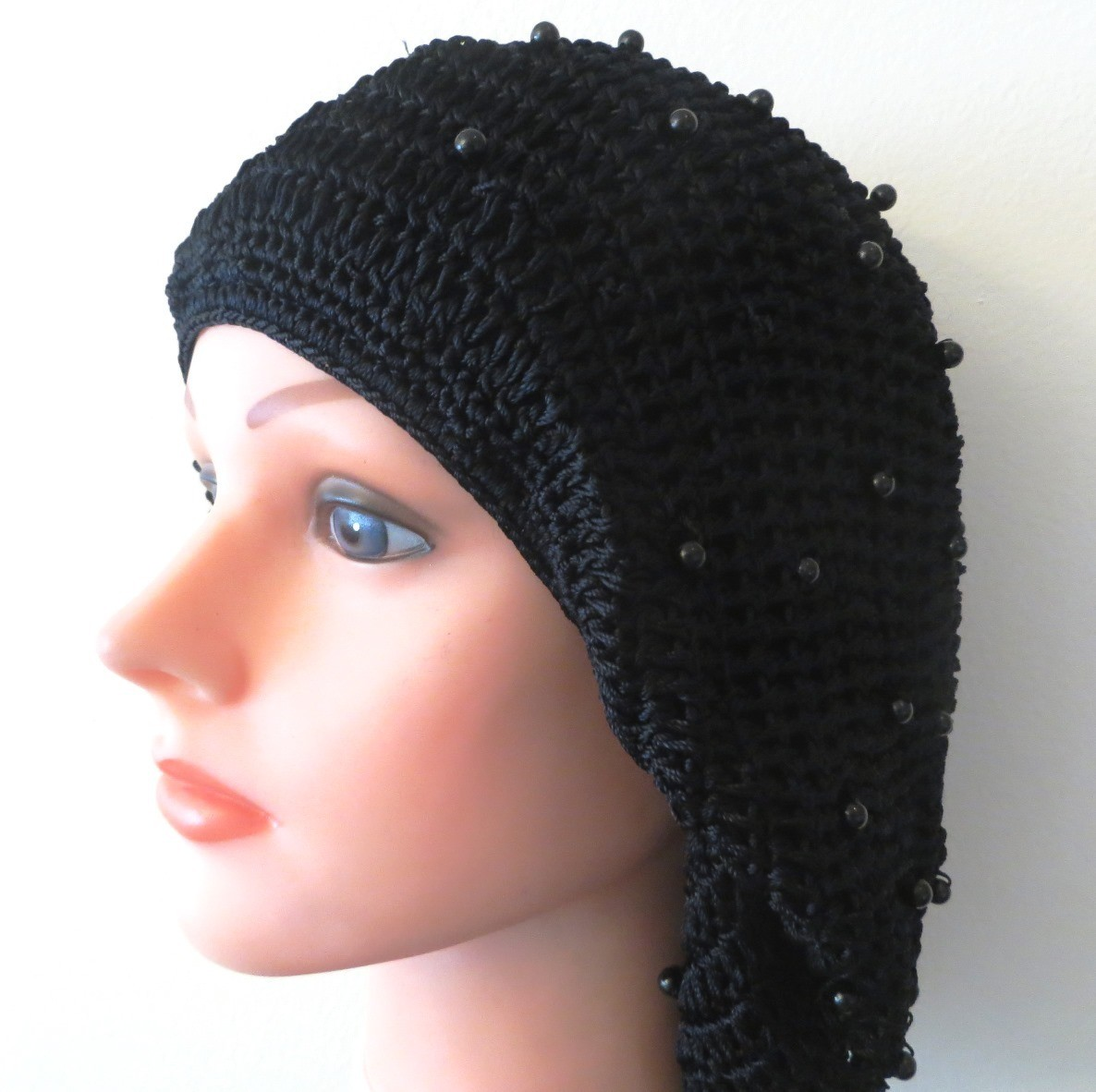 Navy buttons snood