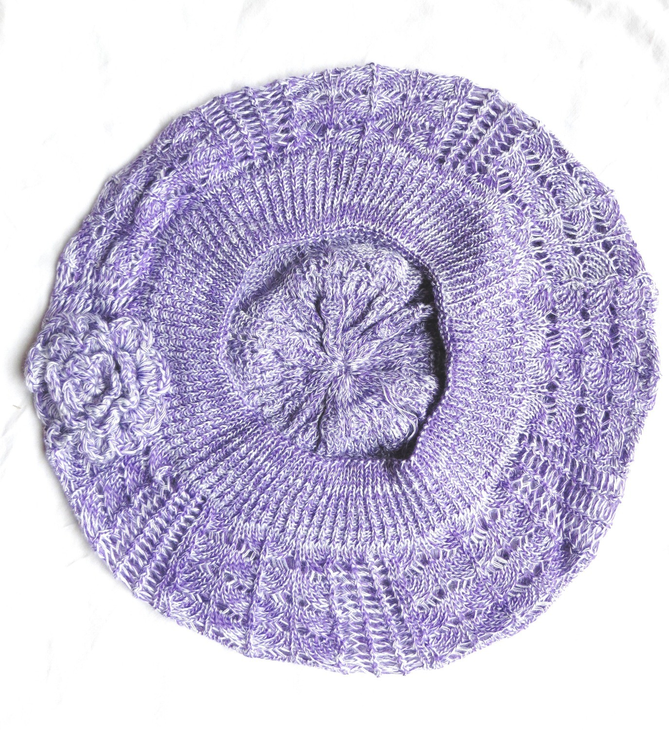 Lavender and white summer beret with flower