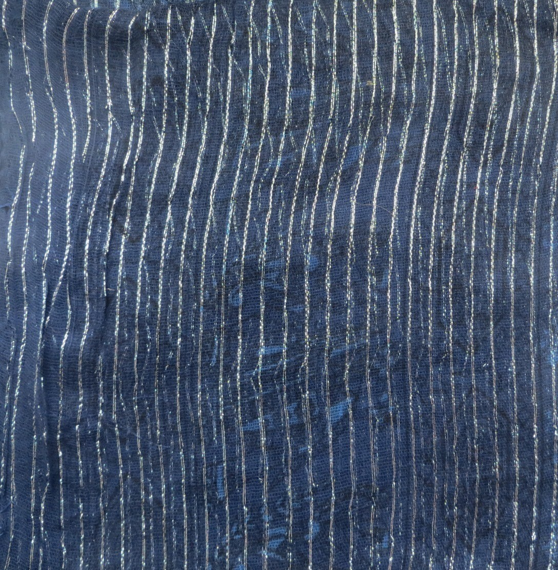 Navy blue patterned lurex tichel