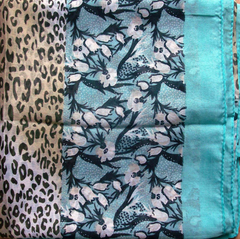 Ocean blue border silk style headscarve tichel