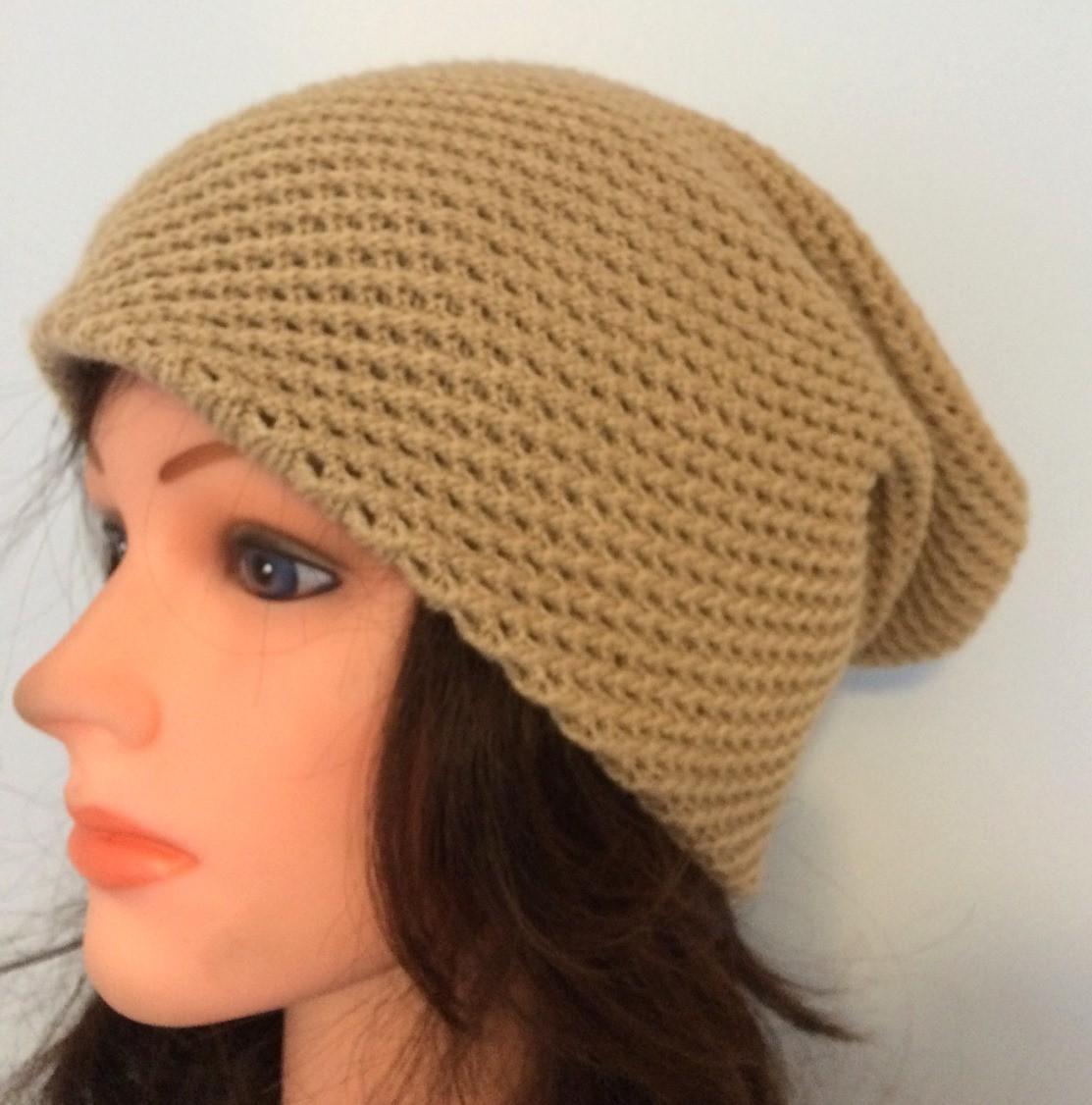 Beige slouchy hat/beret